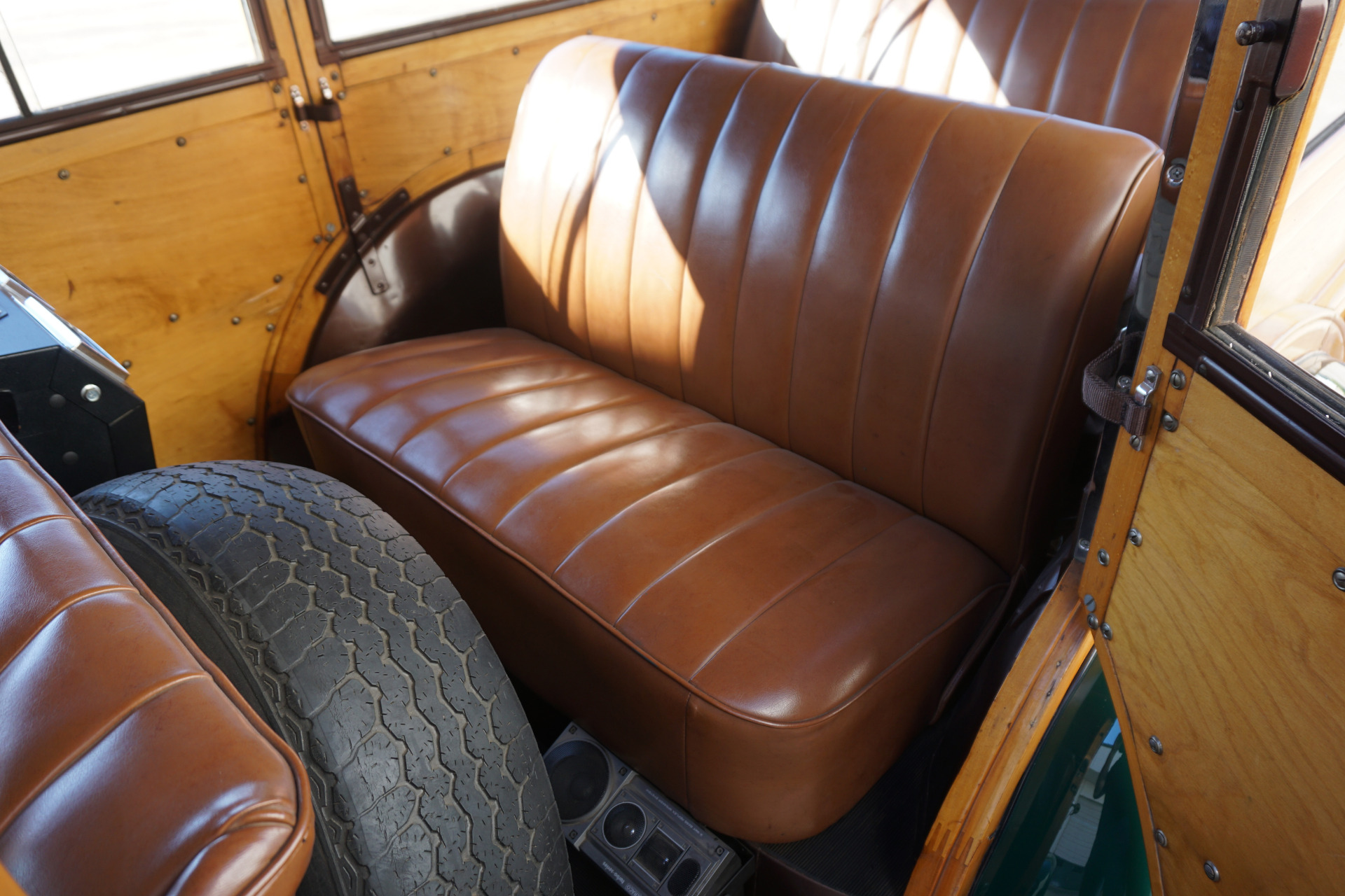 Used-1938-Ford-Station-Wagon-Woodie