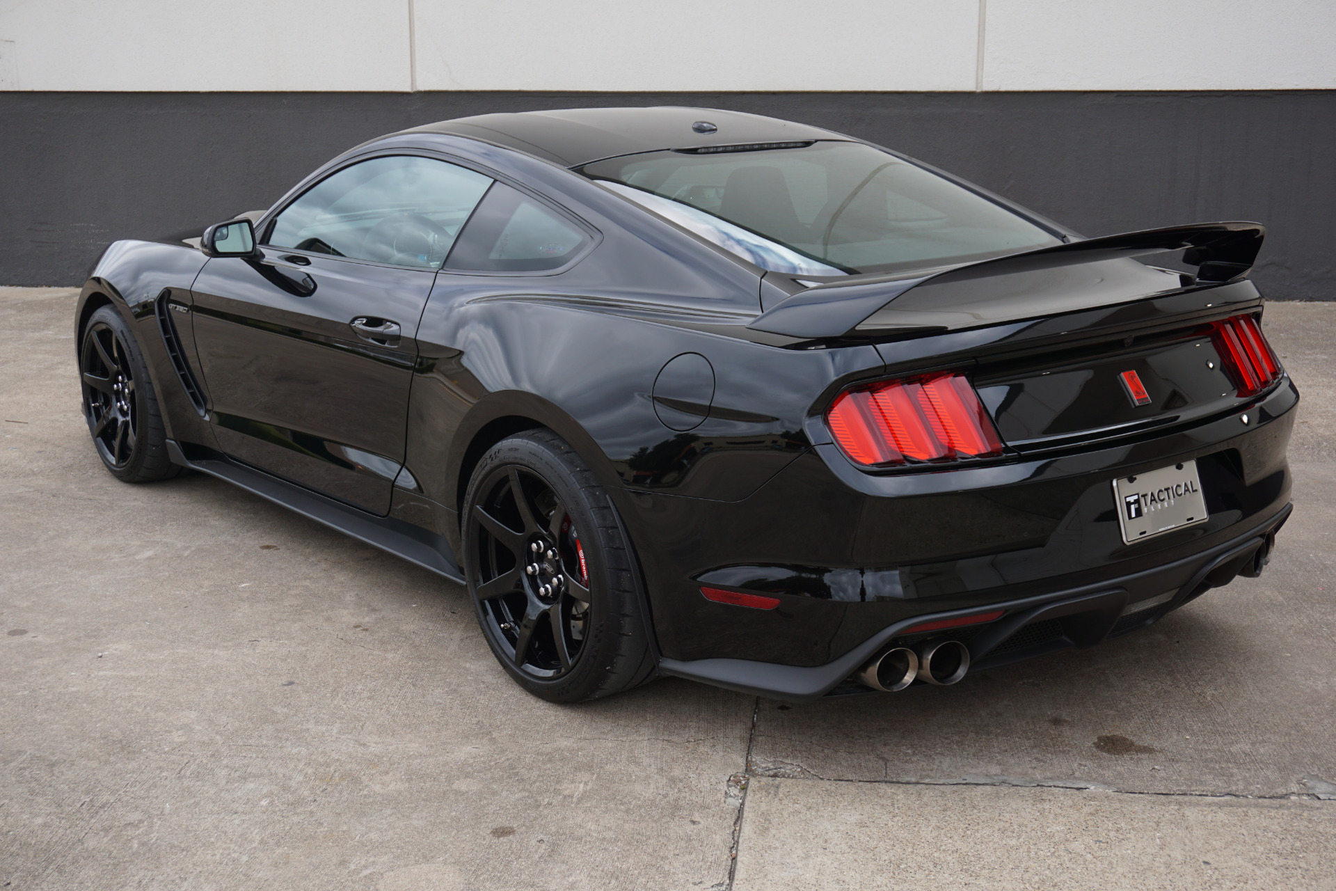 Gt350r For Sale >> Used 2018 Ford Mustang Shelby Gt350r For Sale 67 900 Tactical
