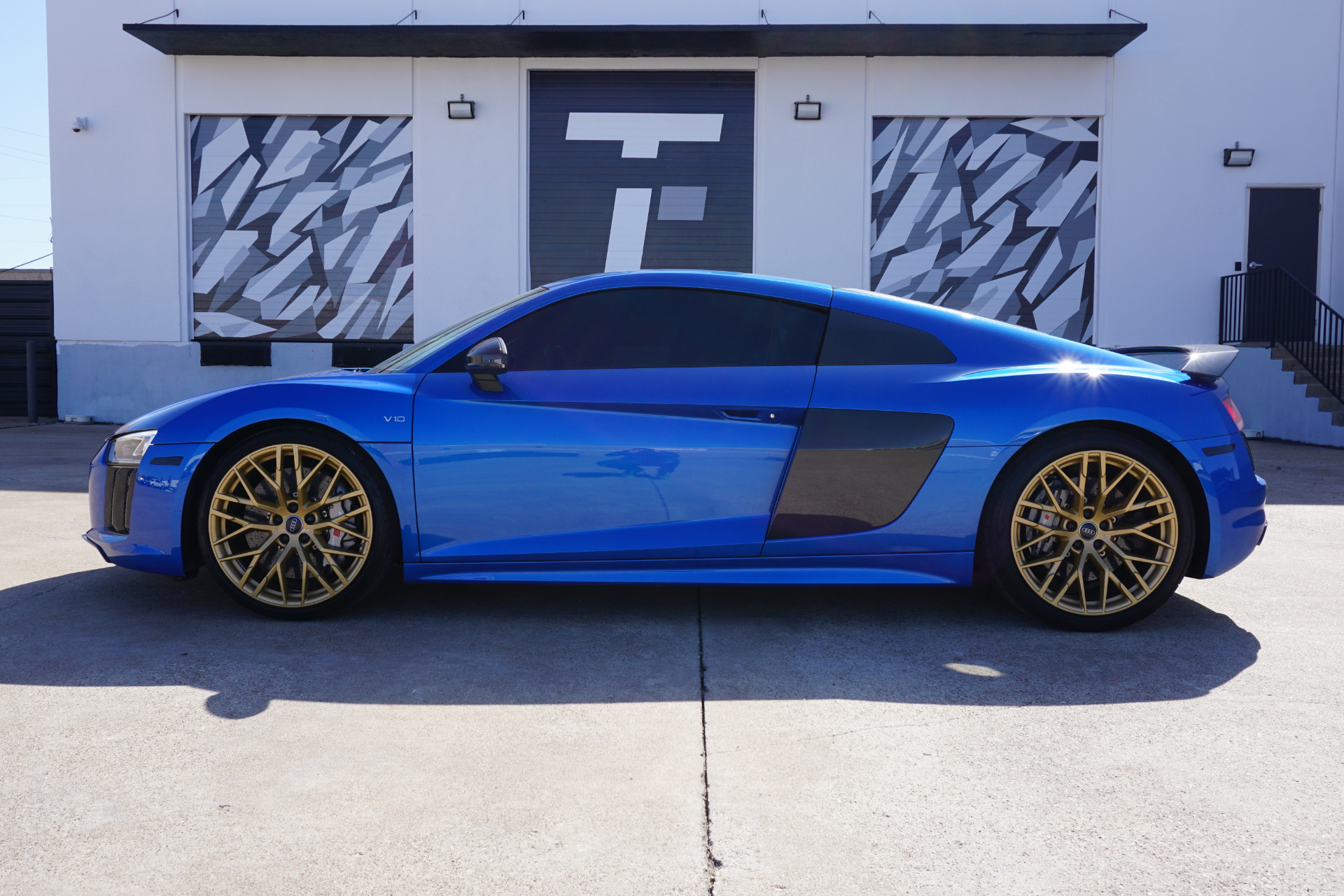 Used-2017-Audi-R8-52-quattro-V10-Plus