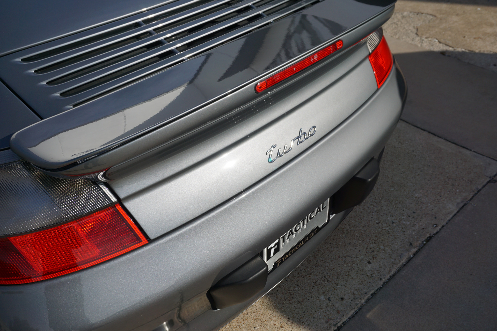 Used-2004-Porsche-911-Turbo