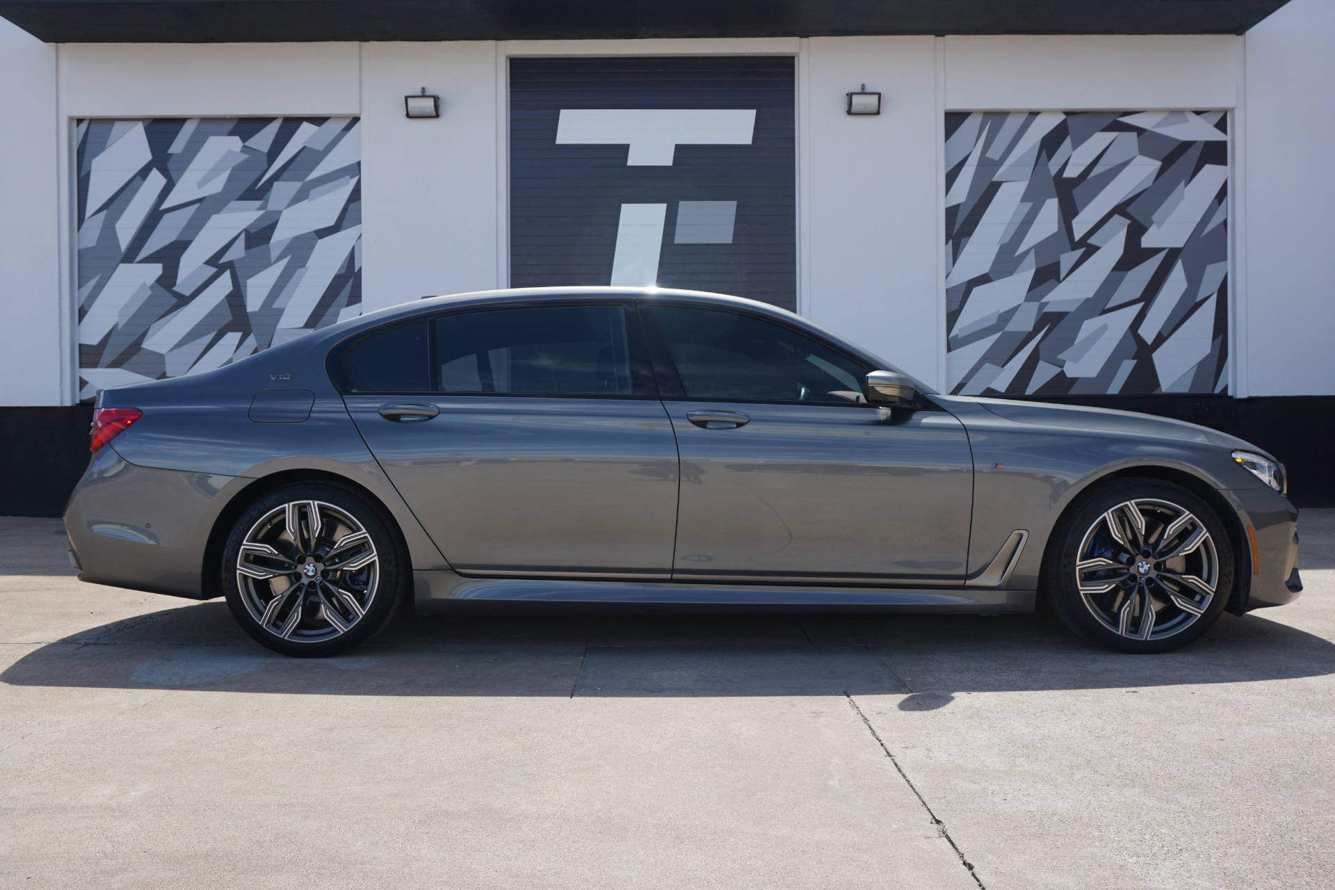 Used 2019 Bmw 7 Series M760i Xdrive For Sale 149 900