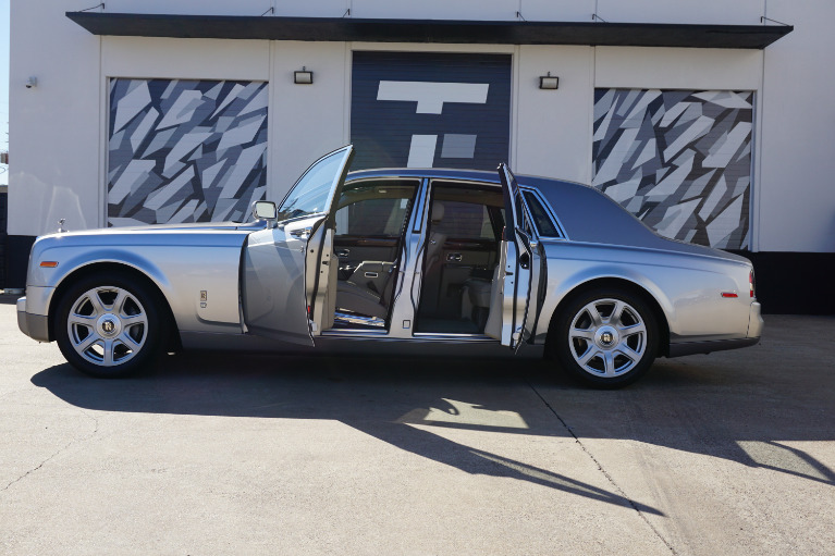 Used-2009-Rolls-Royce-Phantom