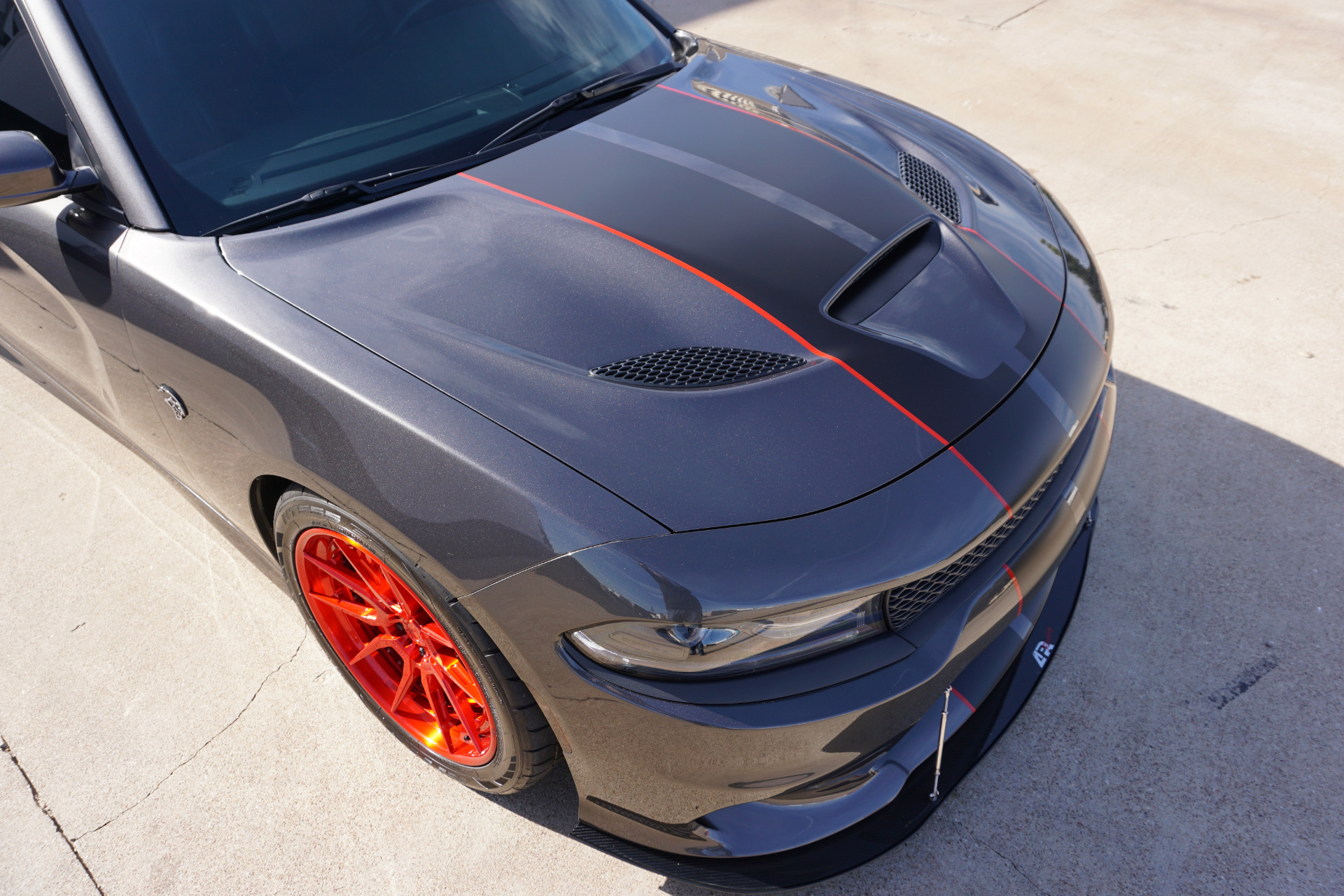 Used-2017-Dodge-Charger-SRT-Hellcat
