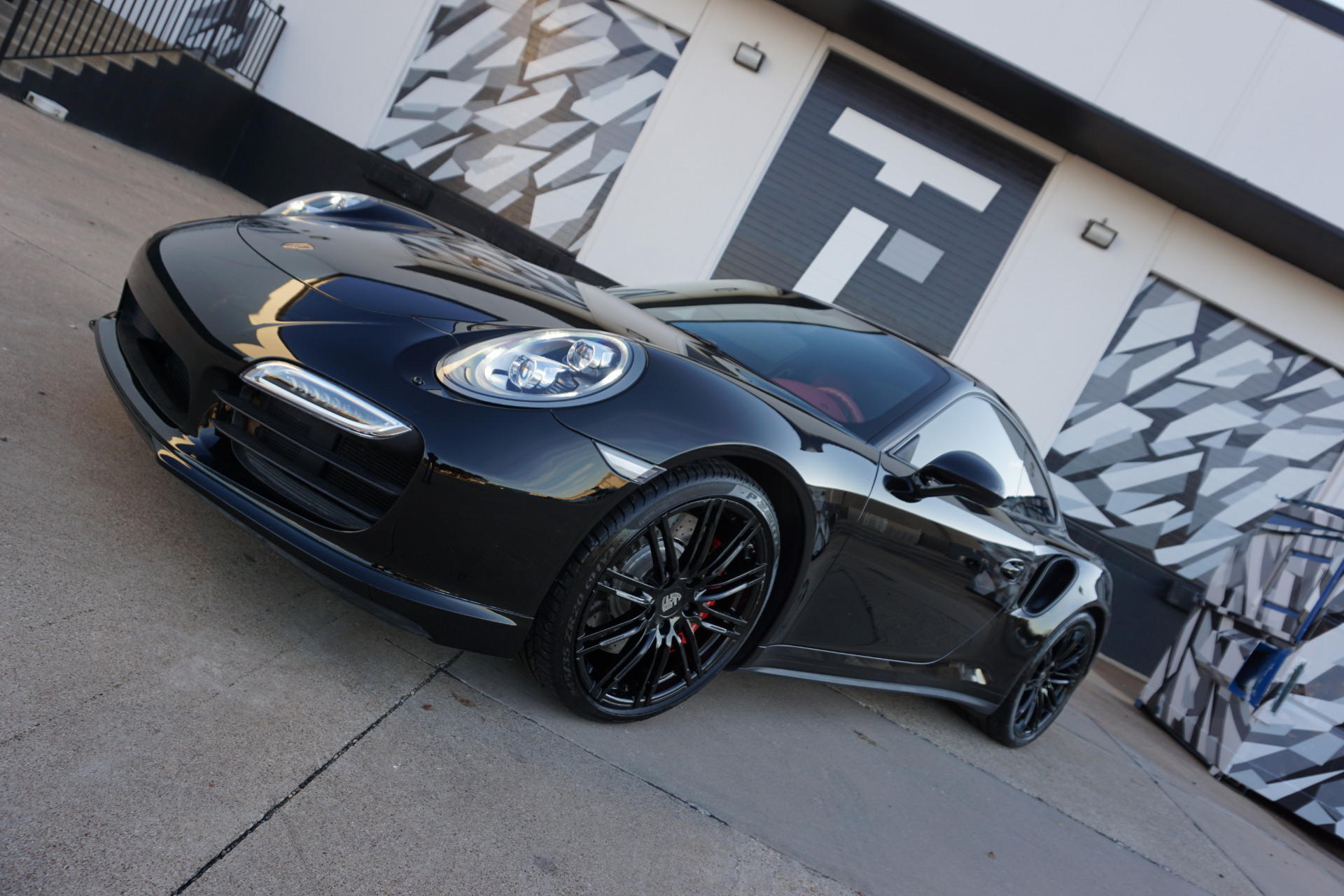 Used-2014-Porsche-911-Turbo