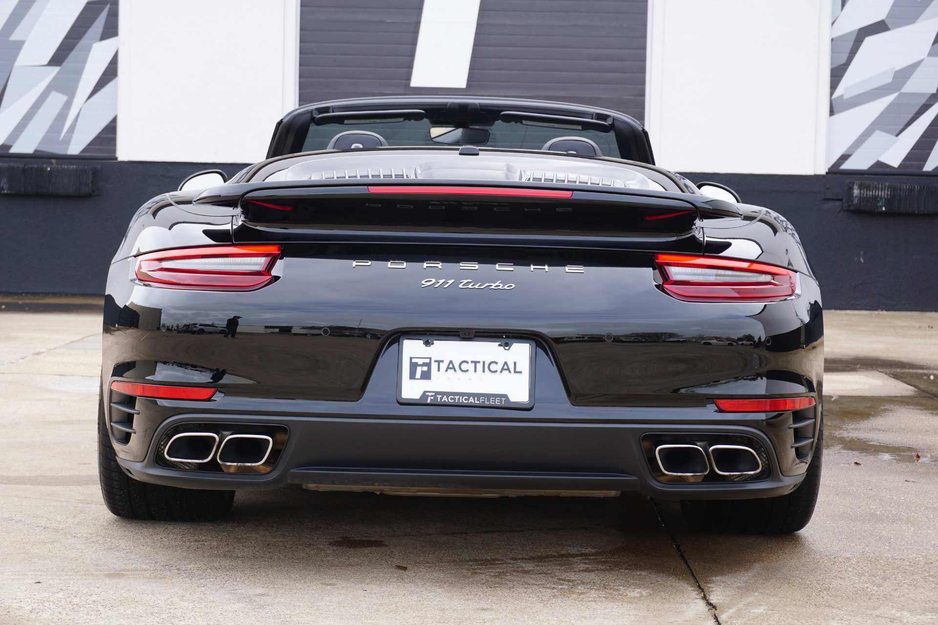 Used-2018-Porsche-911-Turbo