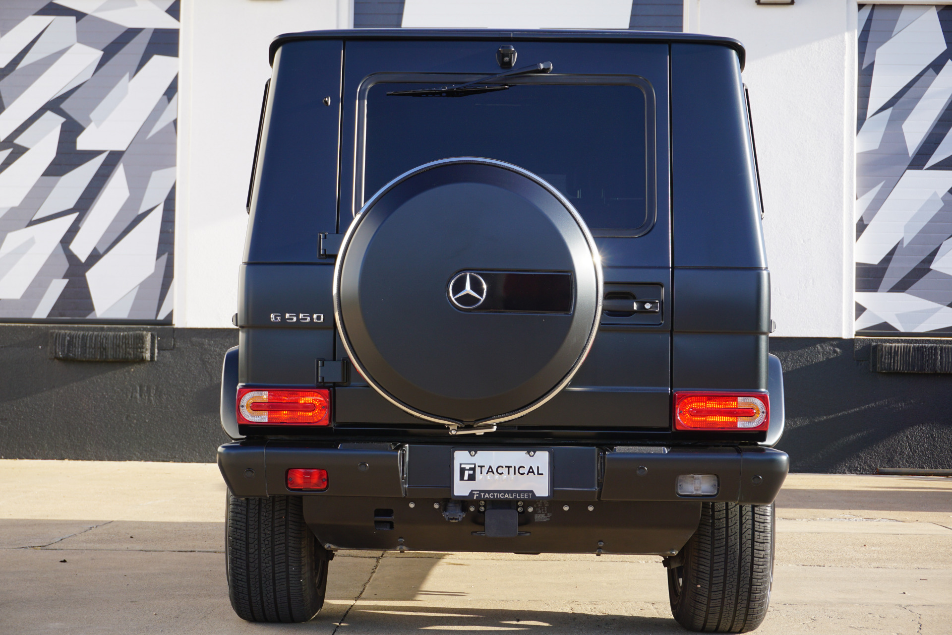 Used-2017-Mercedes-Benz-G-Class-G-550