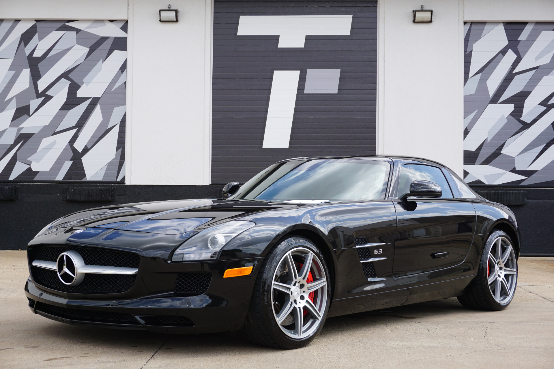 Used-2012-Mercedes-Benz-SLS-AMG