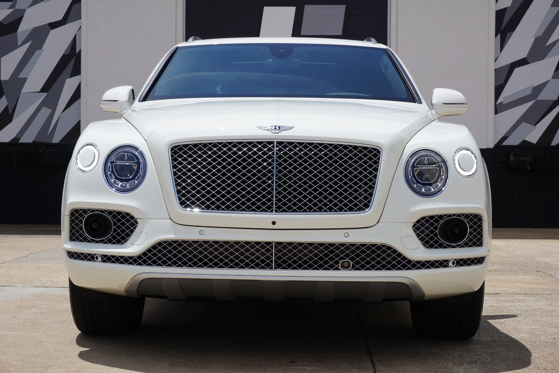 Used-2018-Bentley-Bentayga-Mulliner-Edition
