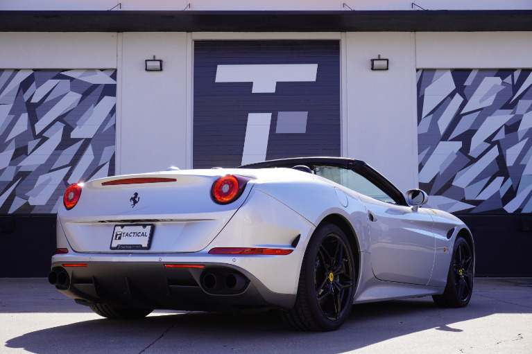 Used-2017-Ferrari-California-T
