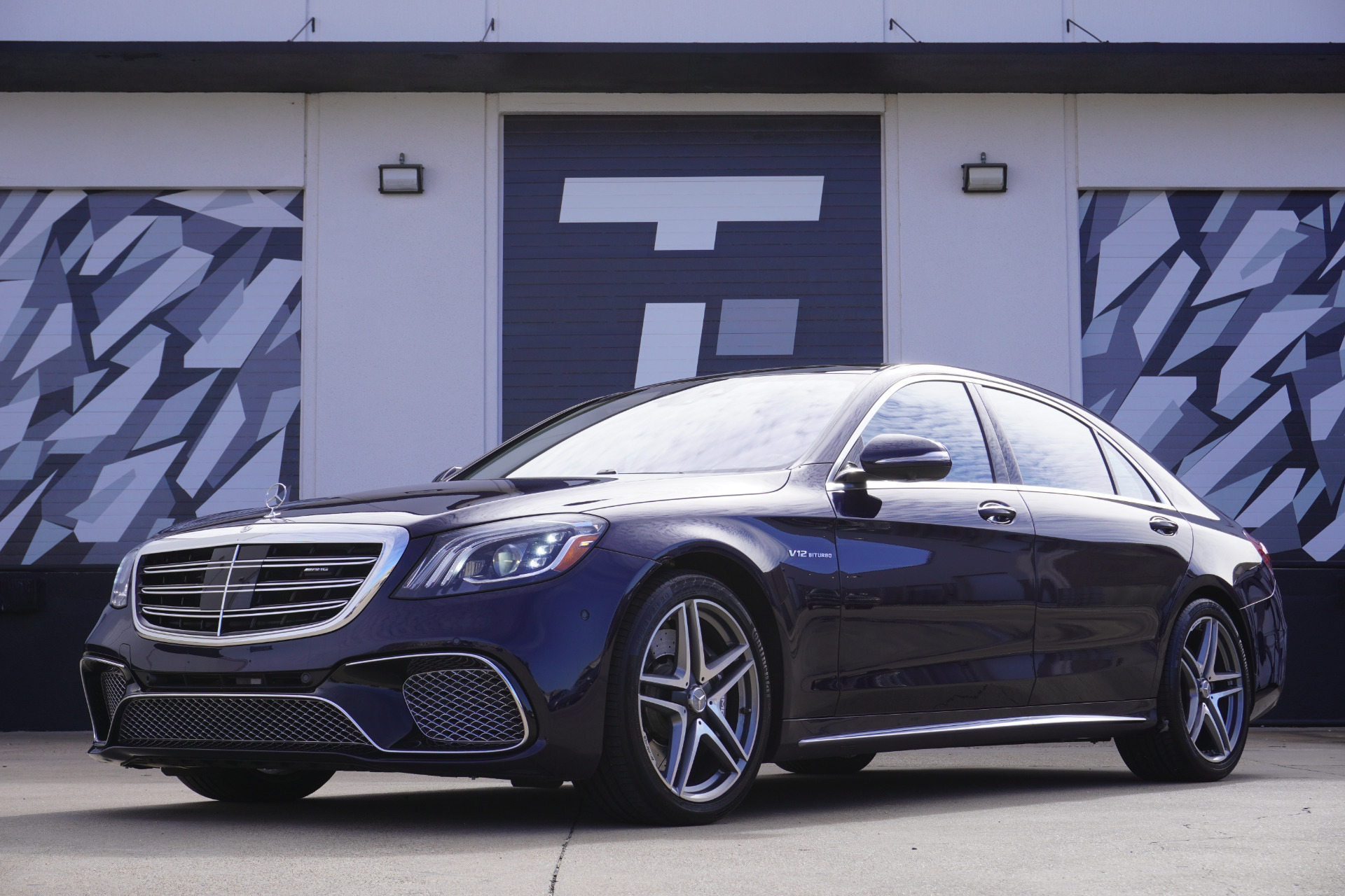 Used-2018-Mercedes-Benz-S-Class-AMG-S-65