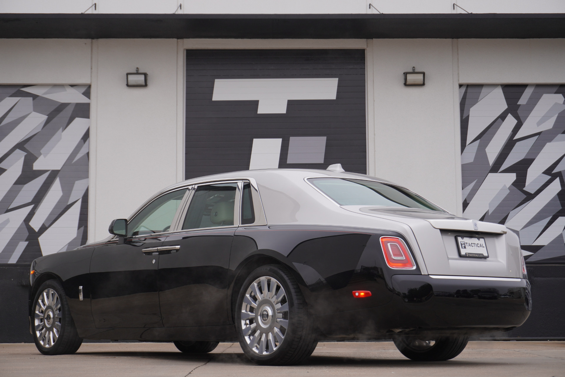 Used-2018-Rolls-Royce-Phantom