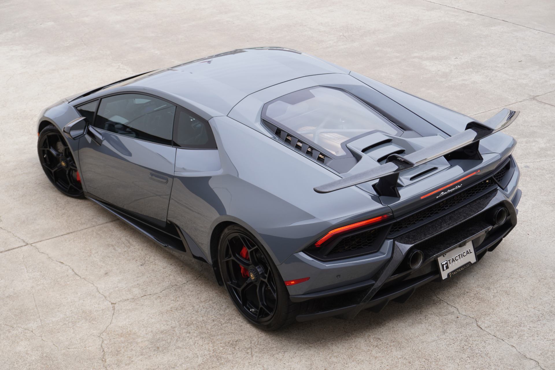 Used-2018-Lamborghini-Huracan-LP-640-4-Performante