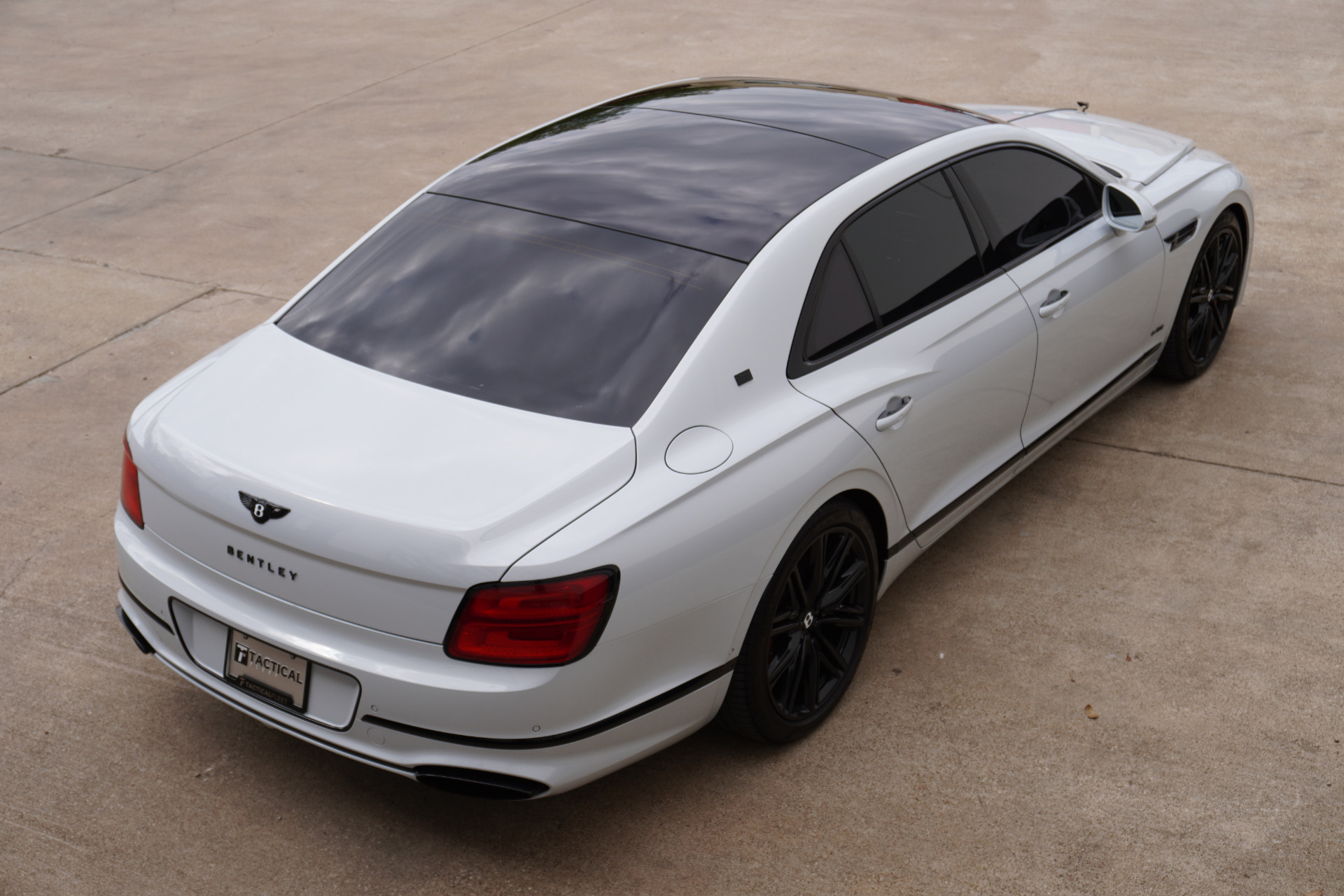 Used-2020-Bentley-Flying-Spur-W12