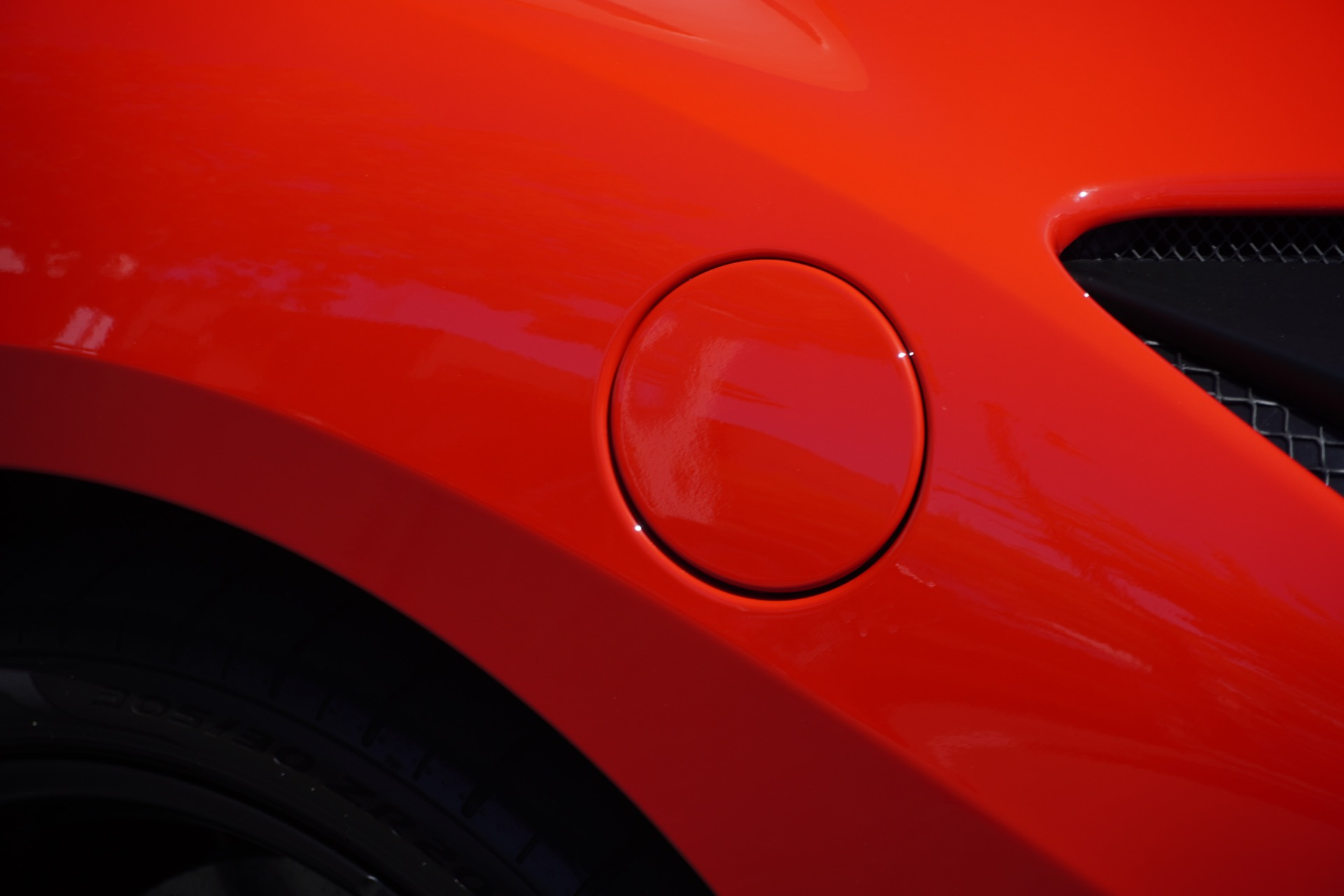 Used-2020-Ferrari-F8-Tributo