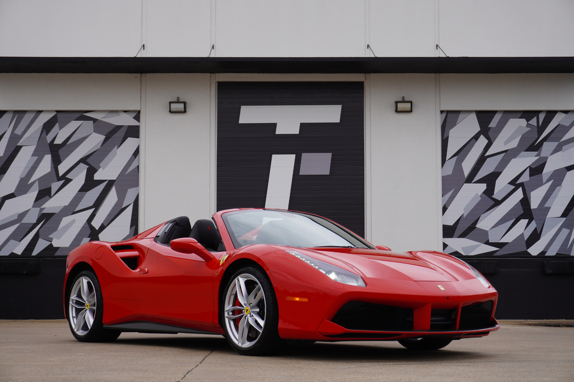 Used 2017 Ferrari 488 Spider  | Addison, TX